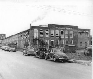 copy-of-lafayette_aurora_1st_to_use_steam_4-1947